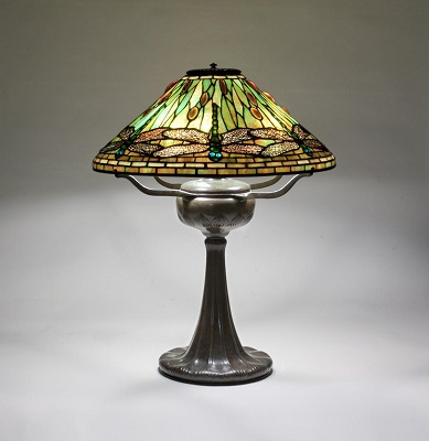 tiffany-dragonfly-lamp